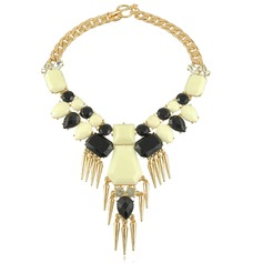 Stylish Alloy Resin With Rhinestone Ladies' Fashion Necklace