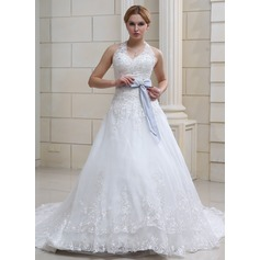Ball-Gown Halter Chapel Train Organza Wedding Dress With Lace Sash Crystal Brooch Bow(s)