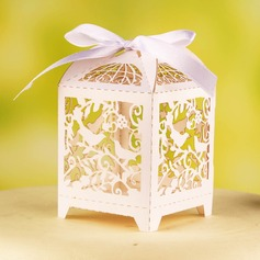 """""""Birds On Branch"""" Favor Boxes With Ribbons"""