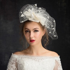 Ladies' Eye-catching Feather/Net Yarn With Feather Fascinators