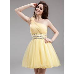 A-Line/Princess One-Shoulder Short/Mini Tulle Homecoming Dress With Ruffle Beading Flower(s)