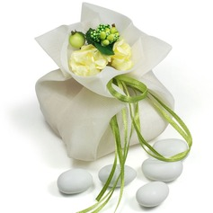 Pretty Floral Theme Favor Bags With Flowers/Ribbons