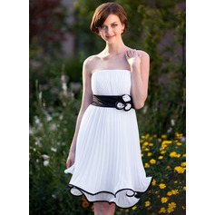 Empire Strapless Knee-Length Chiffon Bridesmaid Dress With Sash Flower(s) Pleated