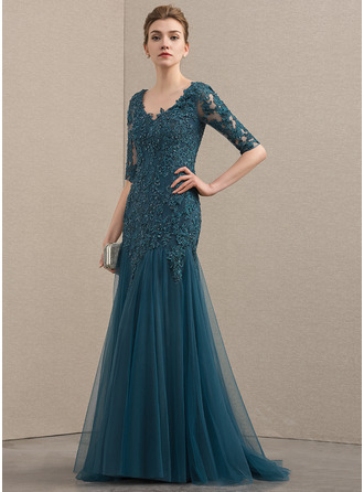Trumpet/Mermaid V-neck Sweep Train Tulle Lace Mother of the Bride Dress With Beading Sequins