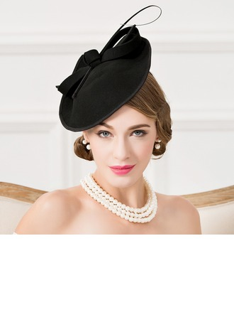 Dames Het oog Springende Wol met Feather Fascinators