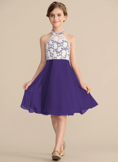 A-Line/Princess Scoop Neck Knee-Length Chiffon Lace Junior Bridesmaid Dress