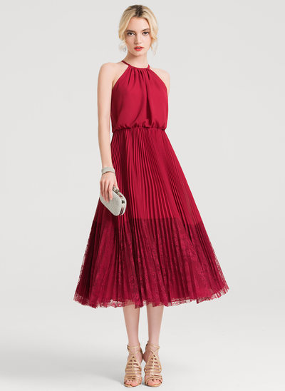 A-Line/Princess Scoop Neck Tea-Length Chiffon Lace Cocktail Dress With Pleated