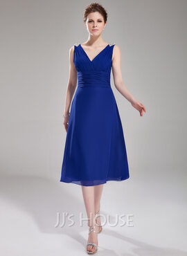 A-Line V-neck Knee-Length Chiffon Cocktail Dress With Ruffle Beading (016008330)