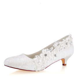 Women's Lace Silk Like Satin Kitten Heel Closed Toe With Stitching Lace Crystal Pearl (047185246)