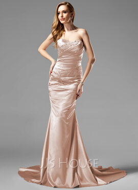 Trumpet/Mermaid Sweetheart Court Train Charmeuse Holiday Dress With Ruffle Beading (020013079)