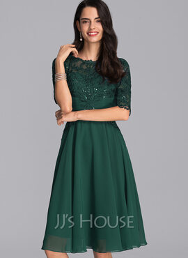 A-Line Scoop Neck Knee-Length Chiffon Cocktail Dress With Sequins (016205798)