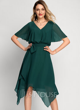 A-Line V-neck Asymmetrical Chiffon Cocktail Dress (016212855)