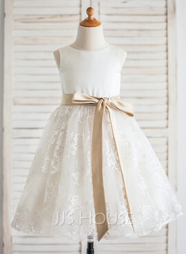 A-Line/Princess Knee-length Flower Girl Dress - Satin/Lace Sleeveless Scoop Neck With Sash (010092600)