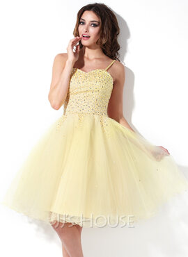 A-Line/Princess Sweetheart Knee-Length Tulle Homecoming Dress With Beading (022020832)