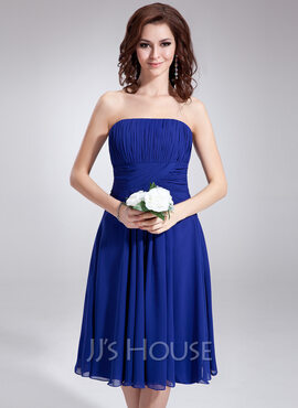 A-Line Strapless Knee-Length Chiffon Bridesmaid Dress With Ruffle (007020862)
