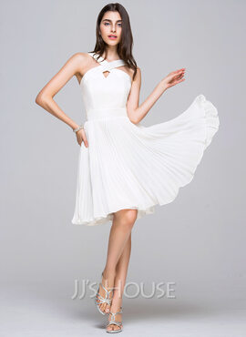 A-Line V-neck Knee-Length Chiffon Satin Homecoming Dress With Pleated (022068040)