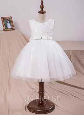 Ball Gown Knee-length Flower Girl Dress - Tulle/Lace Sleeveless Scoop Neck With Bow(s) (010101901)