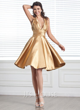 A-Line Halter Knee-Length Charmeuse Homecoming Dress With Ruffle Beading (022020614)