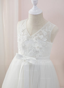 A-Line Floor-length Flower Girl Dress - Tulle/Lace Sleeveless V-neck With Beading/Flower(s) (Undetachable sash) (010207209)