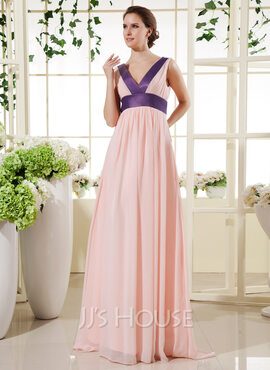 Empire V-neck Floor-Length Chiffon Holiday Dress With Sash (008015450)