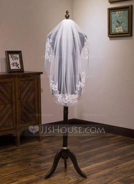 One-tier Fingertip Bridal Veils With Lace (006183289)
