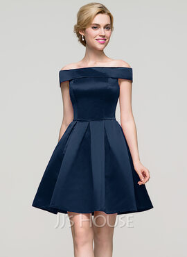 A-Line Off-the-Shoulder Short/Mini Satin Homecoming Dress (022089910)