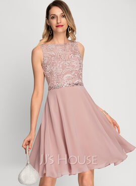 A-Line Scoop Neck Knee-Length Chiffon Cocktail Dress With Beading Sequins (016212860)