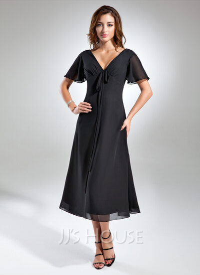 A-Line/Princess V-neck Tea-Length Chiffon Mother of the Bride Dress With Ruffle Bow(s)