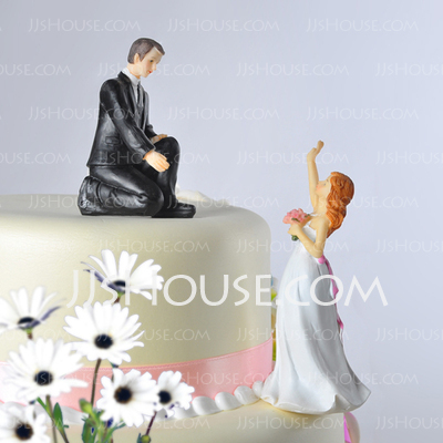 Classic Couple/Funny & Reluctant Cake Topper