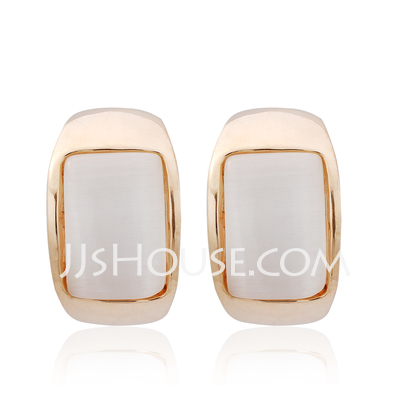 Beautiful Alloy With Crystal Women's Earrings