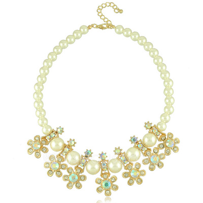 Unique Alloy With Rhinestone/Imitation Pearls Women's Necklaces