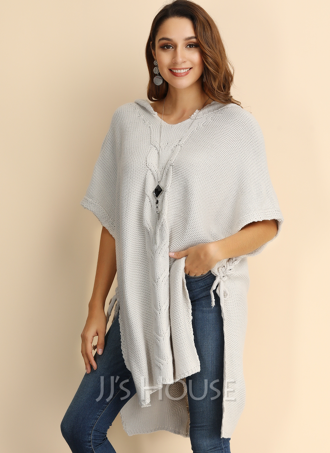 Cable-knit Chunky knit Solid Polyester Hooded Pullovers Sweaters