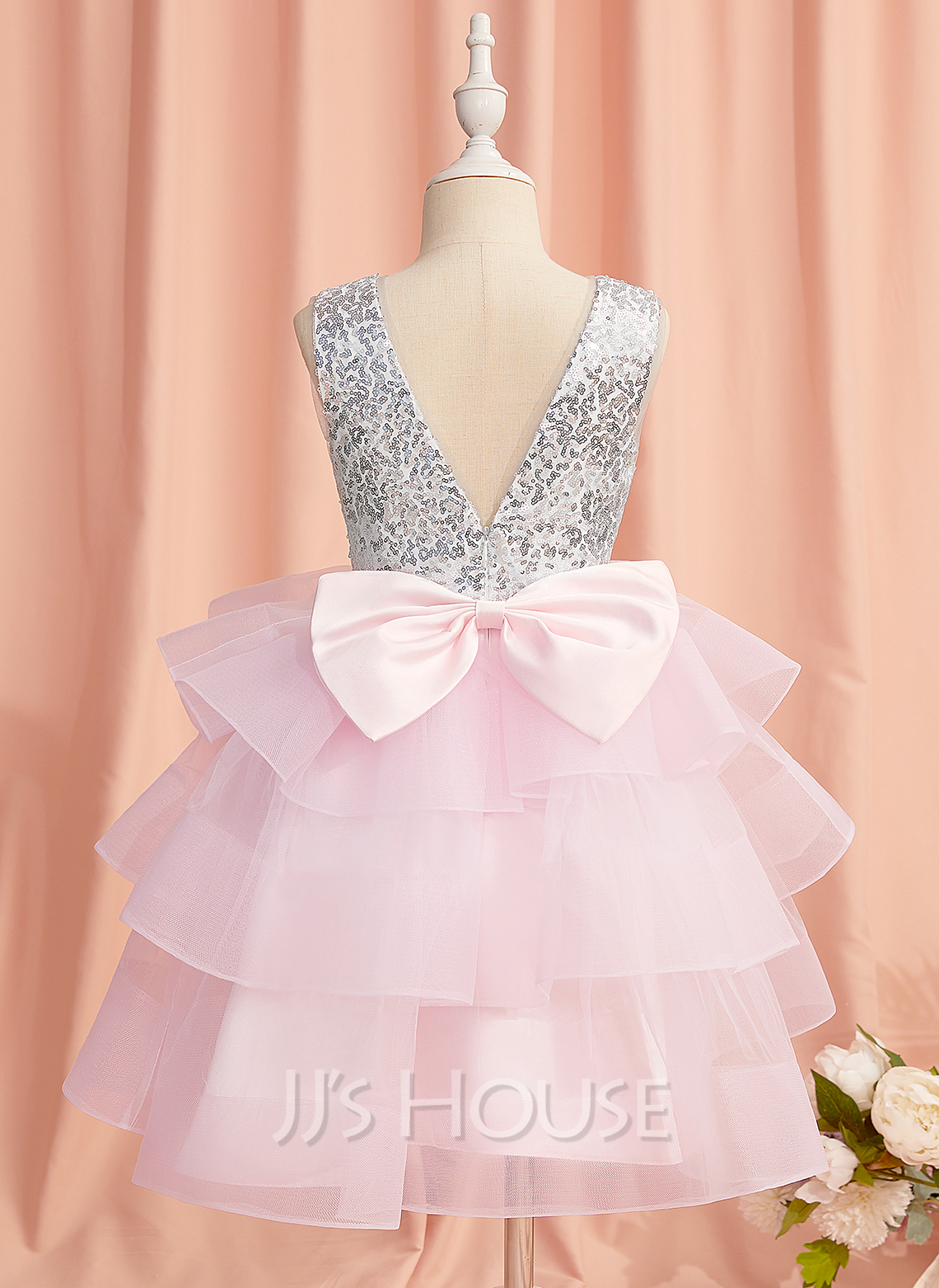 Ball-Gown/Princess Knee-length Flower Girl Dress - Satin/Tulle/Sequined Sleeveless Scoop Neck With Bow(s)/V Back