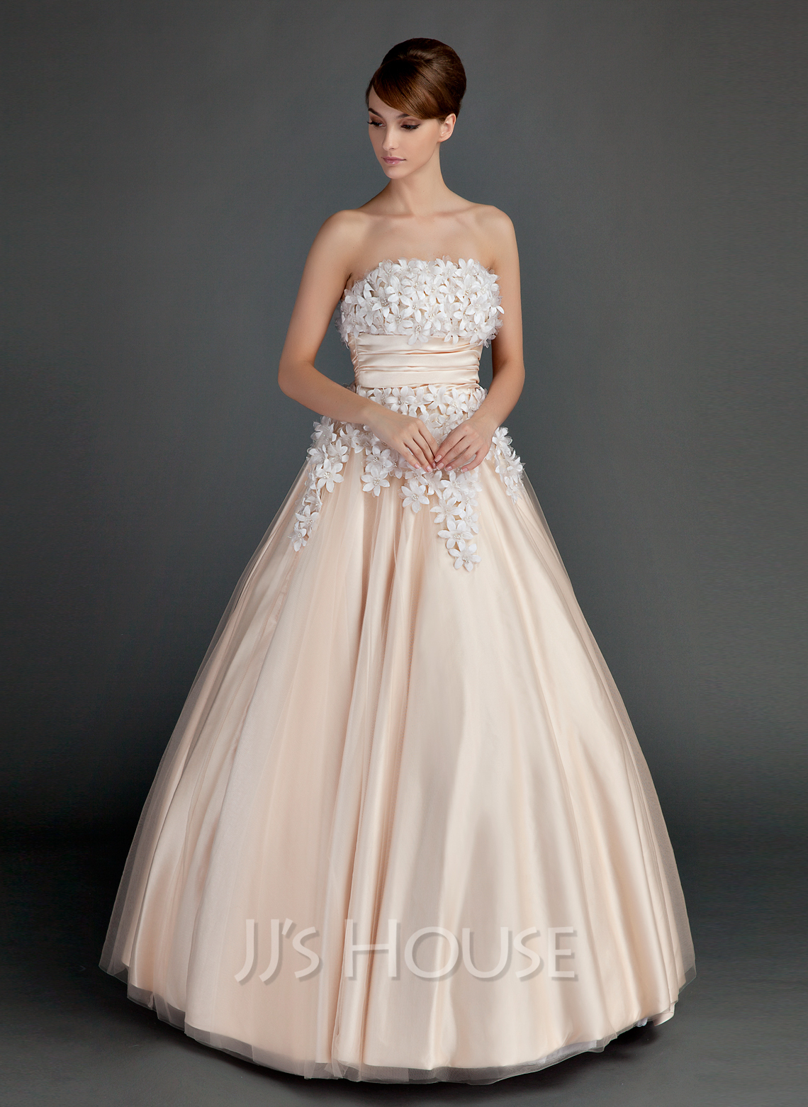 Ball-Gown Strapless Floor-Length Tulle Quinceanera Dress With Ruffle Beading Flower(s)