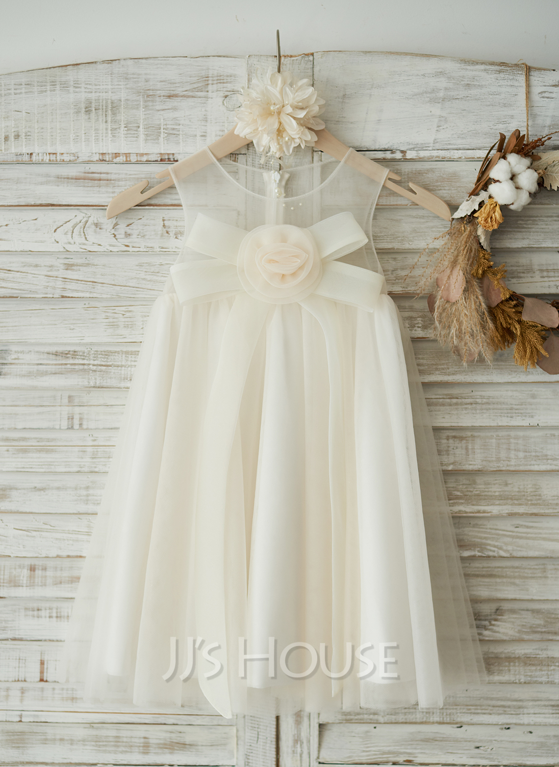 Knee-length Flower Girl Dress - Tulle Sleeveless Scoop Neck With Flower(s) Bow(s)