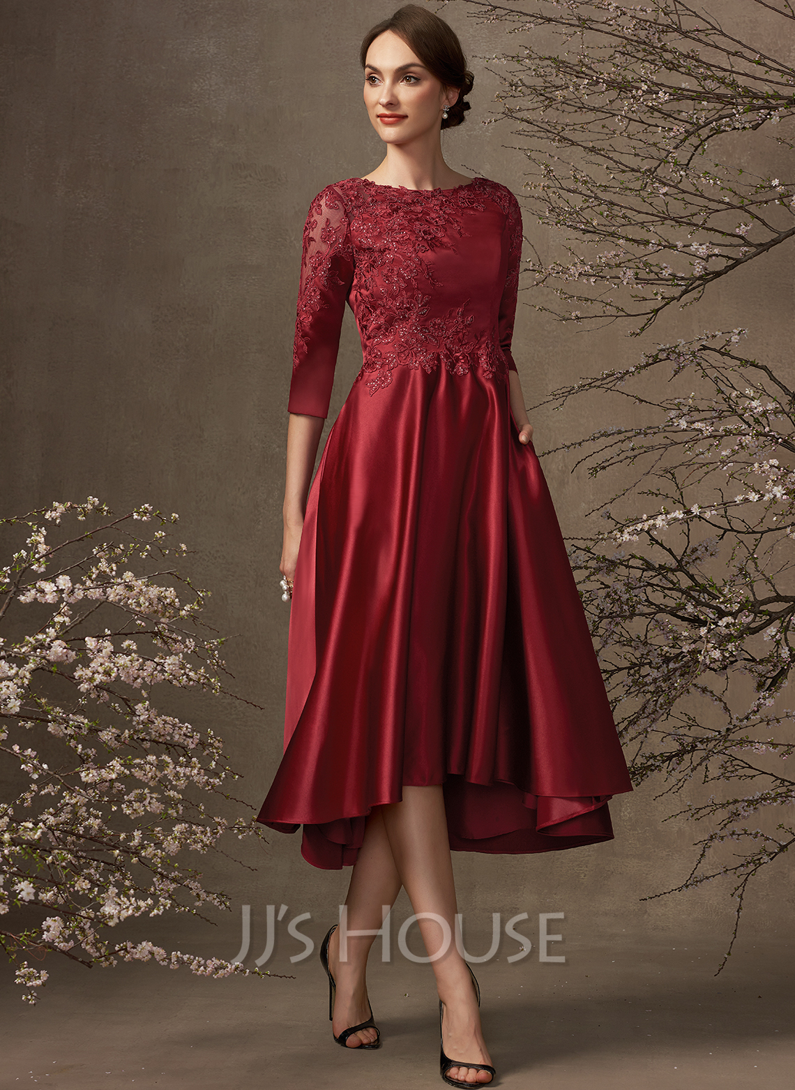 A-Line Scoop Neck Asymmetrical Satin Lace Mother of the Bride Dress With Sequins Pockets