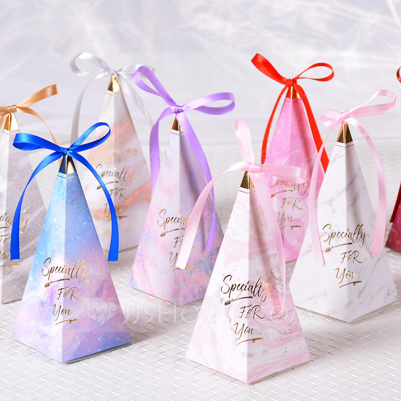 Romantic Moment Cubic Card Paper Favor Boxes With Ribbons (Set of 50)
