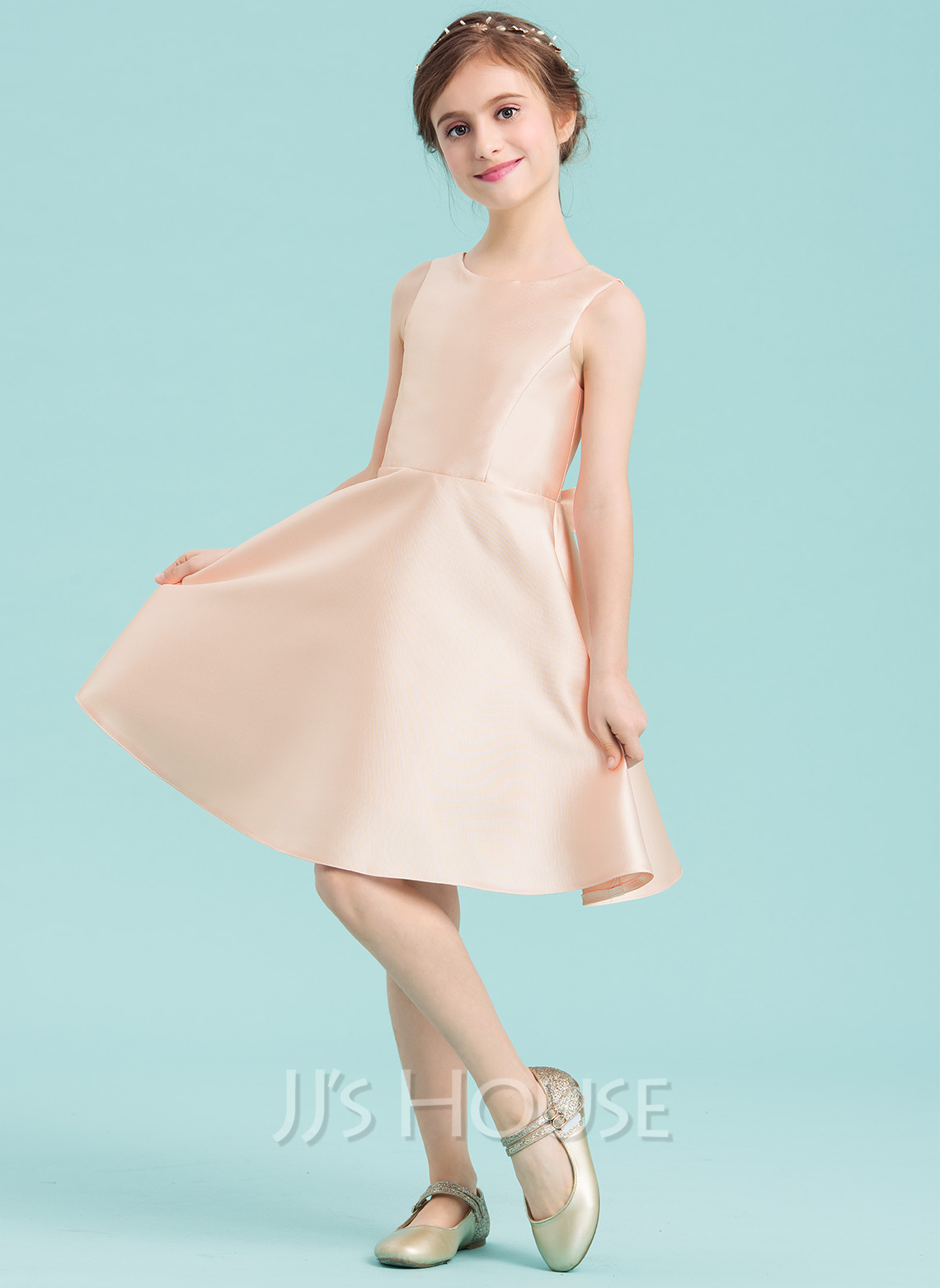 Scoop Neck Knee-Length Satin Junior Bridesmaid Dress With Bow(s)