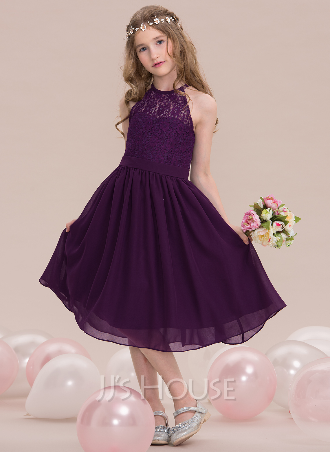 e86a827b54a A-Line Princess Scoop Neck Knee-Length Chiffon Junior Bridesmaid Dress.  Loading zoom