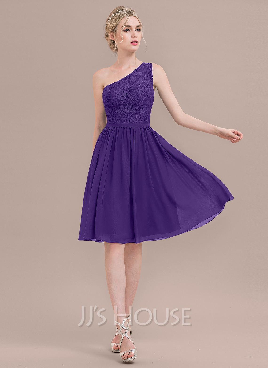 A-Line/Princess One-Shoulder Knee-Length Chiffon Lace Bridesmaid Dress