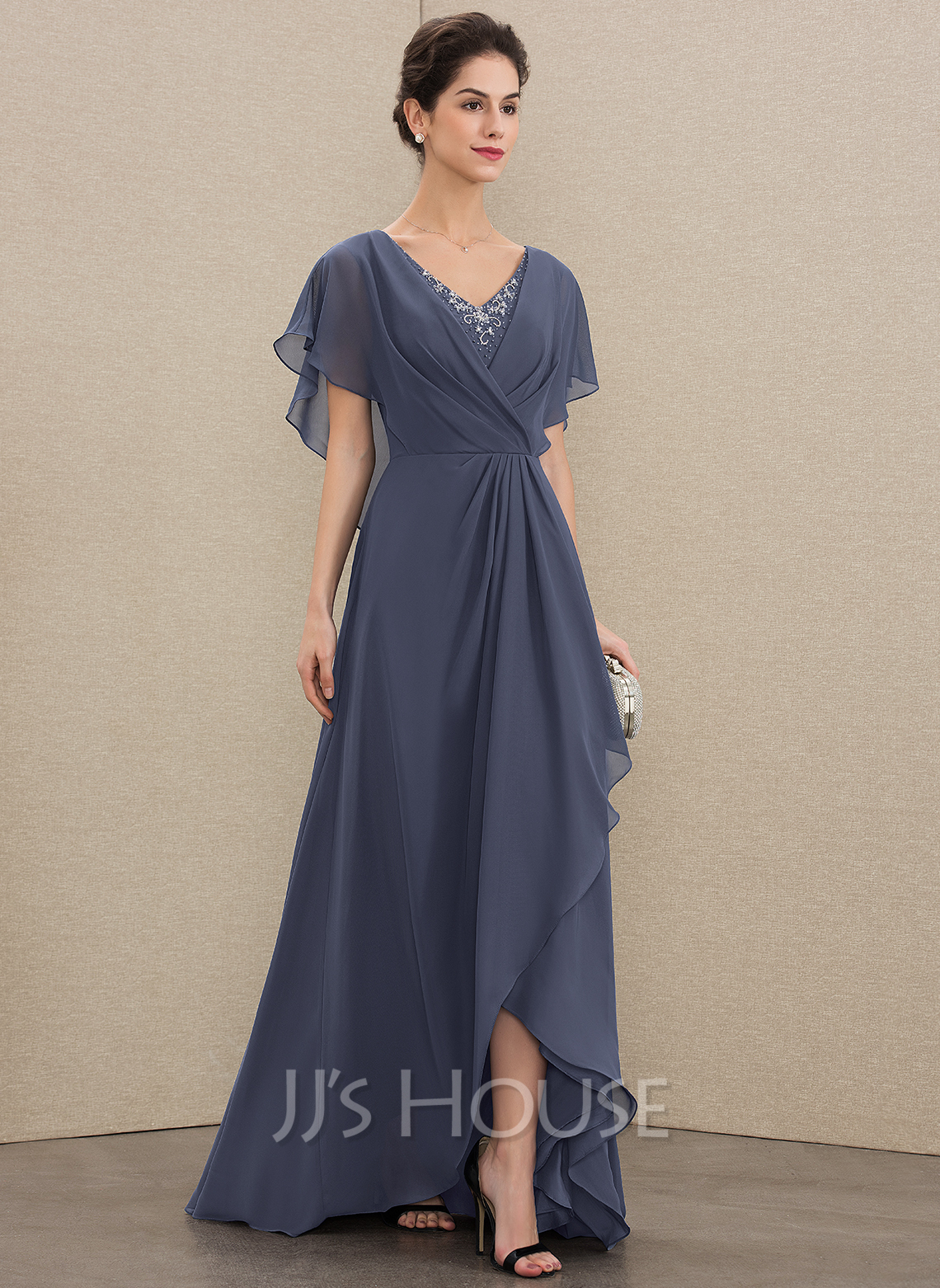 A-Line V-neck Asymmetrical Chiffon Mother of the Bride Dress With Beading Sequins
