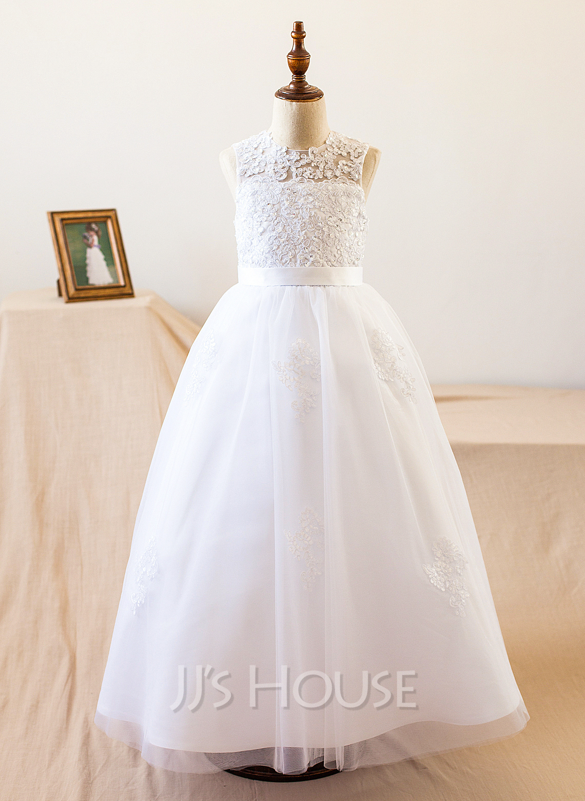 A-Line/Princess Floor-length Flower Girl Dress - Satin/Tulle Sleeveless Scoop Neck With Beading/Appliques