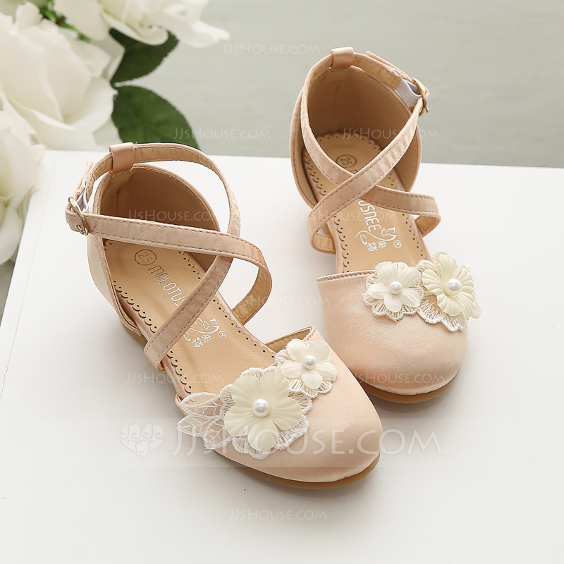Girl's Closed Toe Satin Flower Girl Shoes With Flower