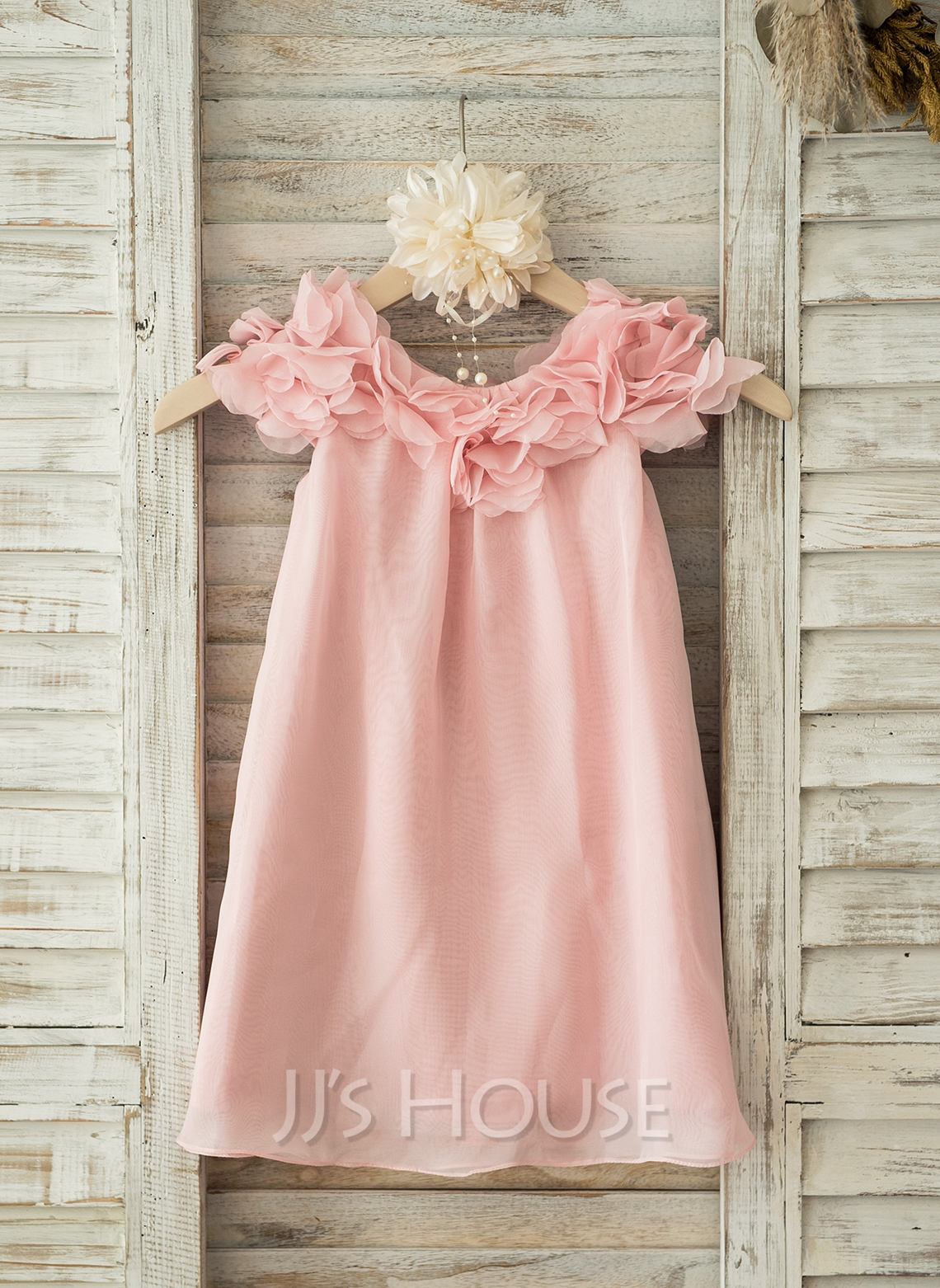 A-Line/Princess Knee-length Flower Girl Dress - Chiffon Short Sleeves Scoop Neck With Flower(s)