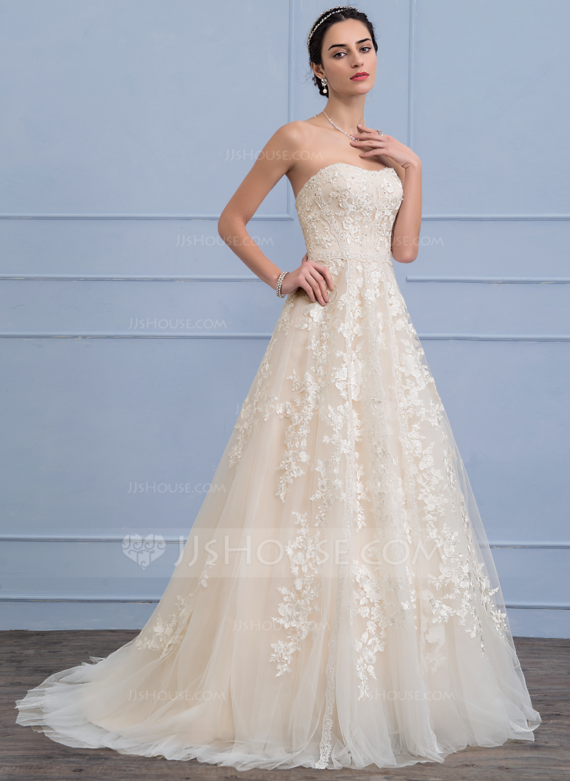A line princess sweetheart sweep train tulle lace wedding for Tulle a line wedding dress