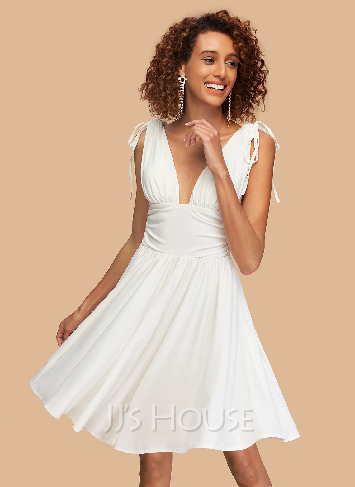 A-Line V-neck Short/Mini Jersey Homecoming Dress With Ruffle