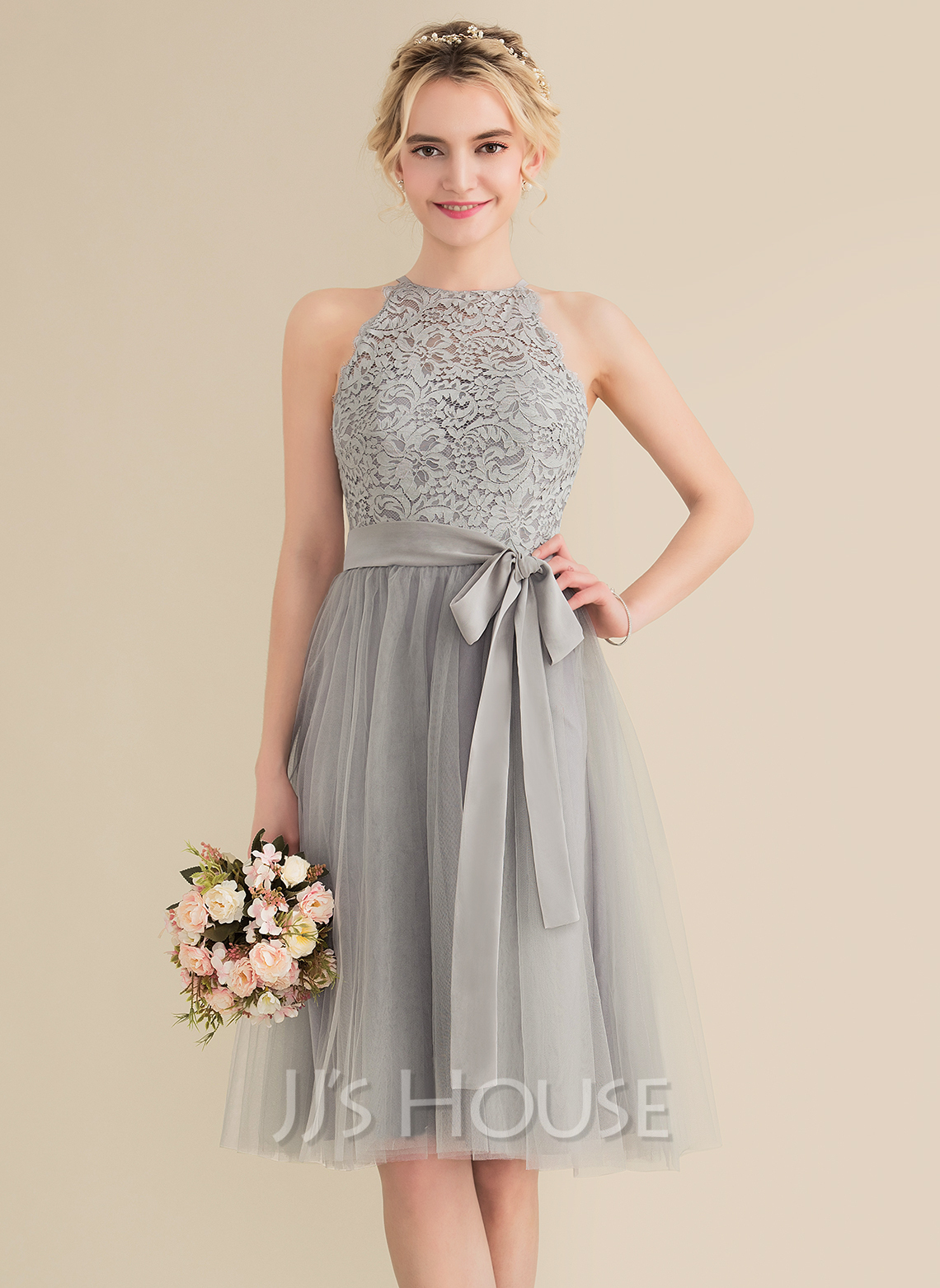 Scoop Neck Knee-Length Tulle Lace Bridesmaid Dress