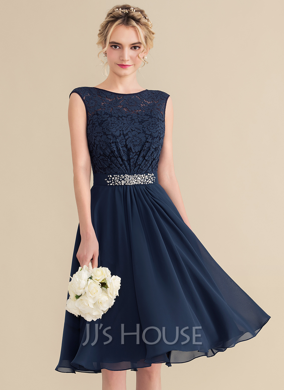 A-Line Scoop Neck Knee-Length Chiffon Lace Bridesmaid Dress With Beading Sequins Bow(s)