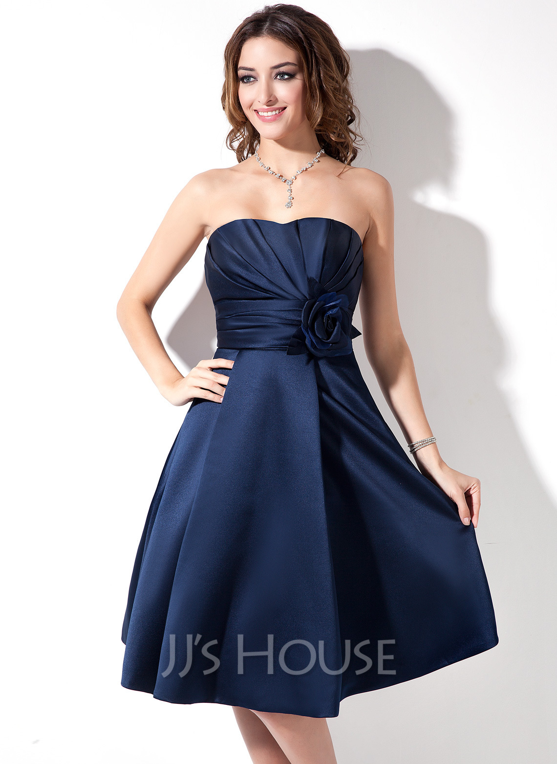 Satin A-Line Sweetheart Knee-length Bridesmaid