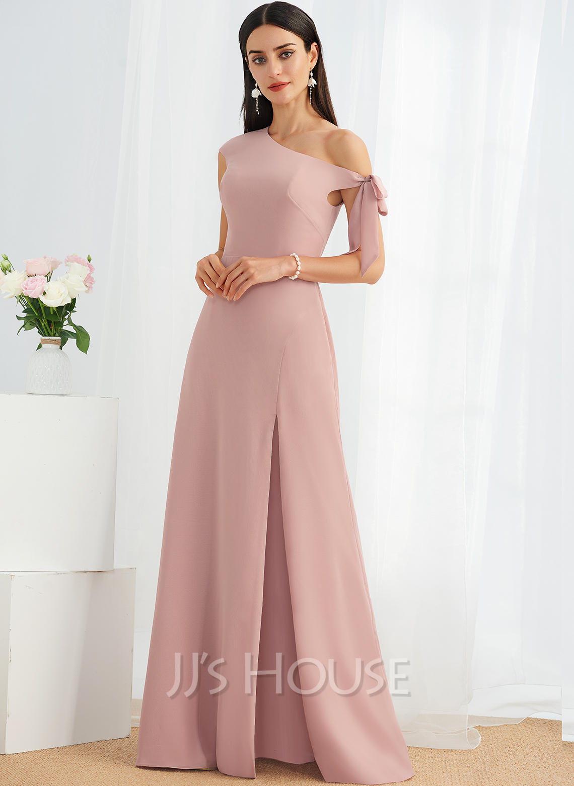A-Line One-Shoulder Floor-Length Bridesmaid Dress With Bow(s)